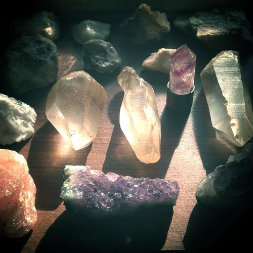 Rev. Janice Chrysler. Mindful Journey. Deepening your meditation - Crystals